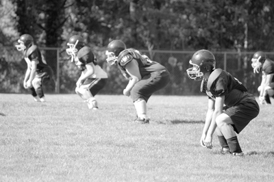 Footballl squat